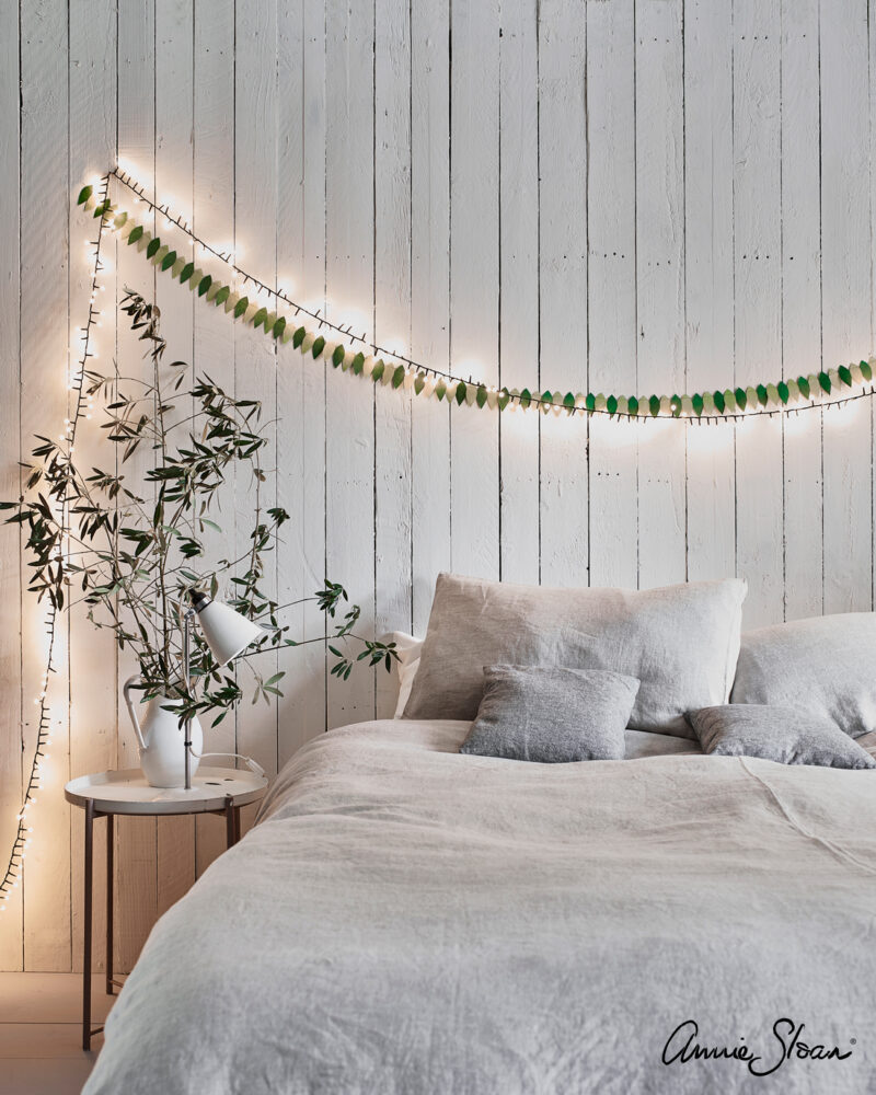 Old White Nordic Bedroom