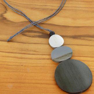 Suzie Blue FB6004 g Triple Disc Pendant Necklace (Adjustable)