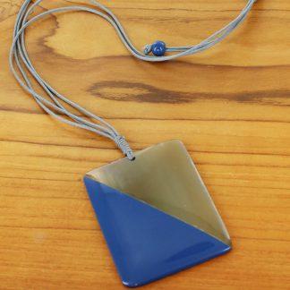 Suzie Blue RA6001bl Rectangular Resin & Horn Pendant Necklace